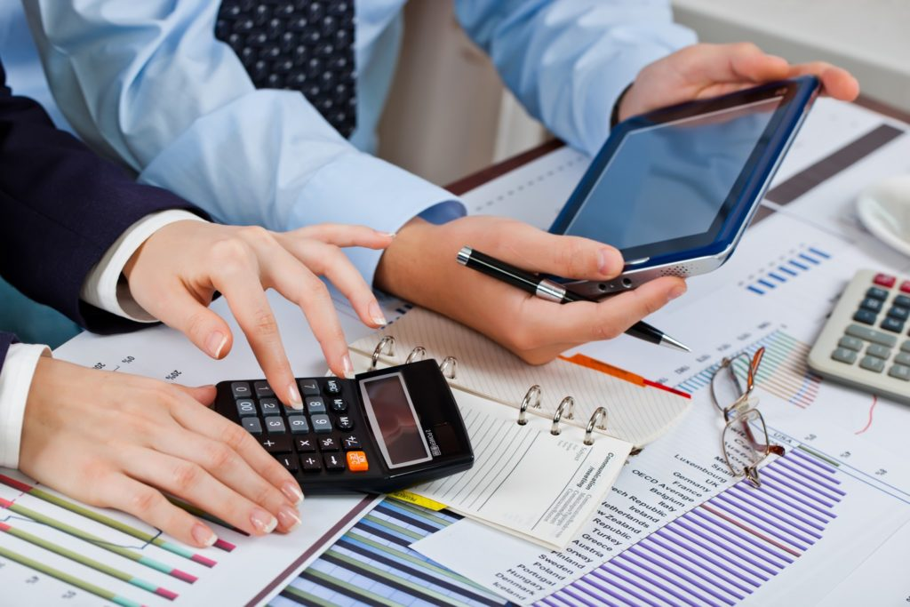 What are the Differences between Payroll Taxes and Employment Taxes?